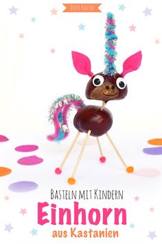 Basteln mit Kindern: Einhörner aus Kastanien Crafting in autumn: here you will find instructions on how to make cute unicorns with your chestnut children Cheap Fall Crafts For Kids, Easy Fall Crafts, Christmas Crafts For Kids To Make, Diy For Kids, Kids Fun, Christmas Time, Autumn Drawing, Diy Niños Manualidades, Christmas Art Projects