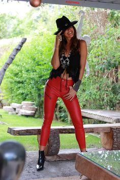 red pants - mytenida