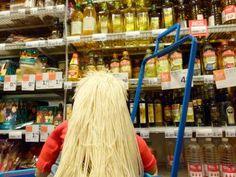 Hij staat er niet bij. #koopzondag #boodschappen   #Brassica #koolzaadolie  #zoeken  http://sleetsebeppie.wordpress.com/2013/06/09