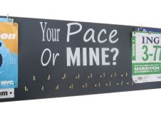 RAce bibs & medals holder - Your pace or mine? Valentine is approaching... what will you get? #running #gifts