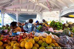 Marigot Market - Le marché de Marigot | Marigot | Ecotourism - Tourisme durable et écotourisme | St. Martin, Lesser Antilles, Caribbean | Saint-Martin, Petites Antilles, Caraïbes | St. Martin - Saint-Martin | St. Maarten | SXM