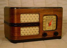 Old Antique Wood Motorola Vintage Tube Radio - Restored & Working Deco Table Top #Motorola