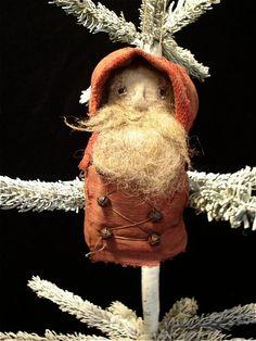 Eensy teensy Santa.