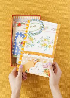 The Hello Sandwich Book is full of 40 craft projects to make your everyday life special and cute.
