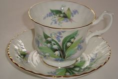 Royal Albert SUMMERTIME SERIES Lily of the Valley Tea Cup and Saucer