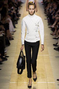 Défilé Christian Dior Printemps-été 2017 13