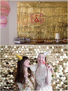 Decoração parede festa dourado com papel laminado