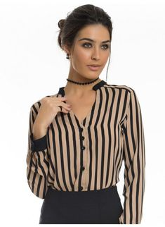 striped shirt nude and black female principessa olana Church Fashion, Pinterest Fashion, Work Looks, Business Outfits, Blouse Designs, Stylish Outfits, Blouses For Women, Korean Fashion, Girl Fashion
