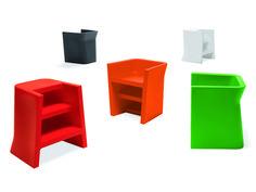 Petit fauteuil / marchepied en plastique UPGRADE by Diemmebi design Basaglia Rota Nodari
