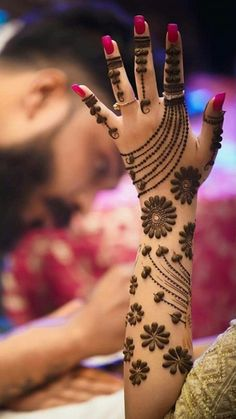 10 Best Mehndi Designs Name List Which are in Trend of 2018 Arabic Bridal Mehndi Designs, Stylish Mehndi Designs, Mehndi Designs For Girls, Mehndi Design Pictures, Mehndi Designs For Fingers, Beautiful Mehndi Design, Best Mehndi Designs, Mehndi Images, Bridal Henna