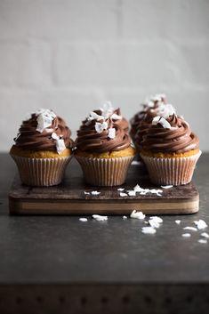 GLUTEN-FREE LAMINGTON CUPCAKES : The Healthy Chef – Teresa Cutter