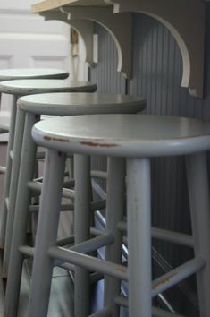 Chalk Paint Bar Stool Makeover