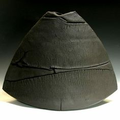 Links to LOTS of ceramic artists here Ceramic Tableware, Ceramic Clay, Ceramic Vase, Pottery Vase, Ceramic Pottery, Keramik Design, Clay Vase, Hand Built Pottery, Ceramic Techniques