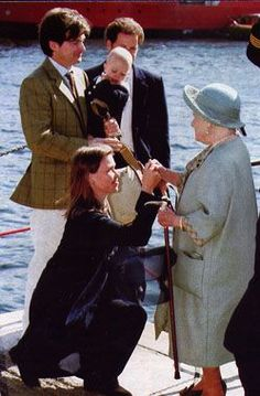 . Princess Elizabeth, Queen Elizabeth Ii, Lady Sarah Armstrong Jones, Lady Sarah Chatto, Queen Victoria Descendants, Royal Family Portrait, Duchess Of York, Mother Birthday, Casa Real