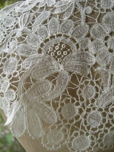 Dentelle de Bruxelles // Belgian lace from Brussels