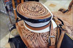 "colorful pictures of western saddles | HILASON ""BIG KING Series"" WESTERN WADE RANCH ROPING COWBOY SADDLE 16"""