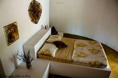 Resultado de imagem para cama de alvenaria