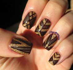 Lined and Golden - Share your nailart on bellashoot.com #nailart #glitternails