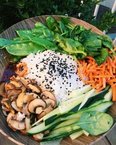 Im obsessed with Korean food!! It is so damn good!   So, obviously I had to make a vegan Korean dish for dinner… And let me tell you, it was AMAZING! I want this all over again.   I can gladly say I'm content and have a very happy stomach.   Vegan BIBIMBAP!  Gotchujang sauce: garlic gotchujang • tamari • coconut sugar • water • sesame oil for taste  Bibimbap:  Jasmine white rice (added some more after) • mushrooms sautéed in coconut sugar and tamari • spinach • cucumber •...