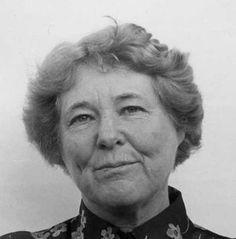 La física Bruria Kaufman (1918-2010) nació un 21 de agosto.