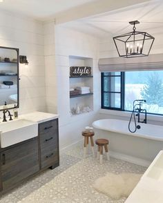 H O M E // After my first day up on the mountain, this lady is ready for a nice hot soak!😳 Gotta get my skiiing bod locked and… Bad Inspiration, Bathroom Inspiration, Dream Bathrooms, Beautiful Bathrooms, Country Bathrooms, Small Bathrooms, Style At Home, Home Fashion, Master Bathroom