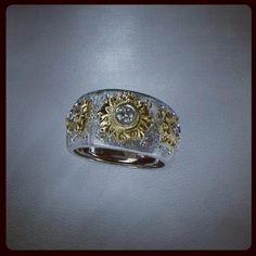 18kt White & Yellow Gold Fiorenza style engraved ring with Diamonds handmade by Paolo Brunicardi goldsmith in Tuscany since 1991