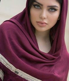 Fashionable women with colors soft Scarf Wrap Shawl Hijab scarves fashion stole Lovely Eyes, Most Beautiful Faces, Stunning Eyes, Pretty Eyes, Iranian Beauty, Muslim Beauty, Iranian Women, Beautiful Muslim Women, Beautiful Hijab