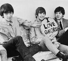 George Harrison, Ringo Starr, Paul McCartney, 1964.