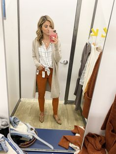 This looks like a cute casual outfit I could wear to work. Casual Work Outfits, Winter Outfits For Work, Dope Outfits, Work Casual, Dress Outfits, Boho Work Outfit, Old Navy Outfits, Navy Outfit Ideas, Fashion Outfits