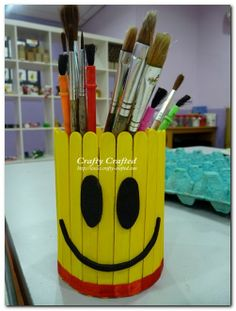 Titina's Art Room: 12 easy & fun wooden sticks crafts