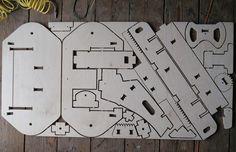 Peças montáveis do kart de madeira (Foto: Divulgação)