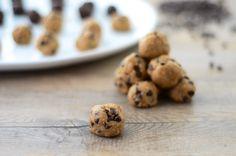 Healthy Vegan Cookie Dough Bites by girlmakesfood #Cookie_DougH #Healthy #Vegan #girlmakesfood