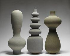 Turi Heisselberg Pedersen, J. Lohmann Gallery, New York Turi Heisselberg… Ceramic Clay, Ceramic Vase, Ceramic Pottery, Pottery Art, Contemporary Ceramics, Contemporary Art, Modern Ceramics, Cerámica Ideas, Keramik Design
