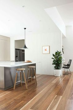 Love this Spotted Gum flooring. - Floor Plants - Ideas of Floor Plants - Love this Spotted Gum flooring. Colorful Kitchen Decor, Home Decor Kitchen, Kitchen Living, Interior Design Kitchen, Kitchen Ideas, Living Room, Kitchen Designs, Interior Paint, Kitchen Furniture