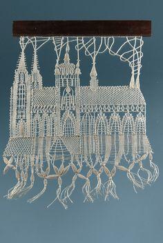beautiful Needle Lace, Bobbin Lace, Types Of Lace, Lace Heart, Lace Jewelry, Patch, Lace Detail, Fiber Art, Scrap