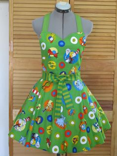 The Cat in the Hat Apron Cameo Print with by AquamarCouture