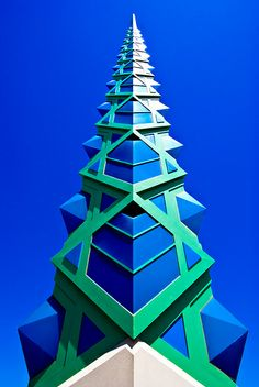 frank lloyd wright spire scottsdale Arizona - Architect Wright designed the Spire in 1957, and it was built in 2004, assembled with approximately 1,700 individual pieces of steel. At night it lights up a cool blue.