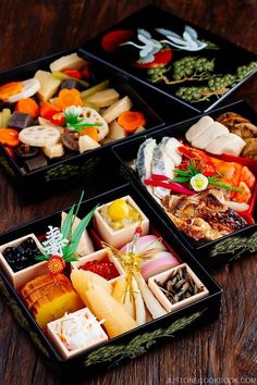 Osechi Ryori - traditional foods enjoyed on New Year s day in Japan They come in an assortment of colorful dishes packed together in special boxes called jubako which resemble bento boxes Easy Japanese Recipes at Easy Japanese Recipes, Asian Recipes, Ethnic Recipes, French Recipes, Chinese Recipes, Japanese New Year Food, New Year's Food, Mochi, Kraut