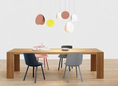 Houdini chairs, London table and North lights from #e15