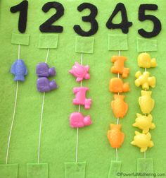 Name and Numbers No Sew Quiet Book Page from PowerfulMothering.com