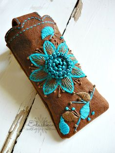 www.facebook.com/Edushkam Diy Purse, Clutch Purse, Sewing Leather, Leather Craft, Purses And Bags, Cuff Bracelets, Sewing Patterns, Creations, Mint