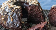 Recipe main akis petretzikis cake with black beer and greek yogurt! slouuup