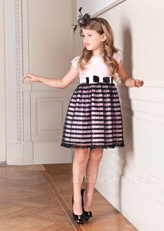 #ALALOSHA: #VOGUE #ENFANTS: #Lesy FW2014 Exclusive tailoring #fw14 #aw14 #girlswear #giokathleen