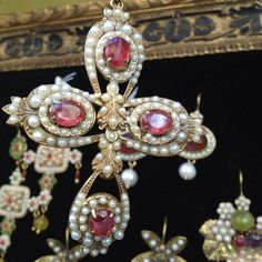 La Croce barocca Crosses, Jewelry, Style, Home, Art, Jewlery, Jewels, Jewerly, Jewelery