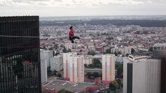 Sébastien playing 120 meters above Paris