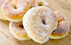 A Very Delicious recipe for apple cinnamon donuts. Apple Cinnamon Donut Recipe from Grandmothers Kitchen. Donut Recipes, Apple Recipes, Sweet Recipes, Cooking Recipes, Yummy Recipes, Cinnamon Donuts, Cinnamon Apples, Doughnuts, Grandmothers Kitchen