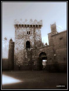 Castillo de Vimianzo. Uno de los castillos de los condes de Altamira, uno de los principales focos de la revuelta.