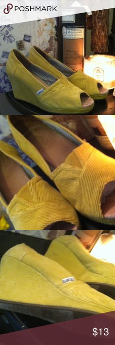 Toms sz 9 Awesome preloved . Worn 2 times breifly. Great shoes great brand great price!!  Mustard yellow cords TOMS Shoes Heels