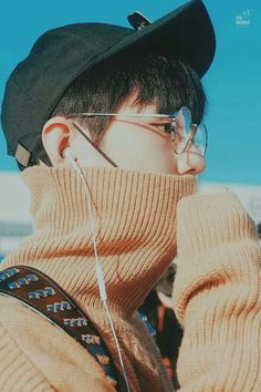 Pict of ulzzang boy. Cute Asian Guys, Cute Korean Boys, Asian Boys, Asian Men, Korean Boys Ulzzang, Ulzzang Couple, Ulzzang Boy, Beautiful Boys, Pretty Boys