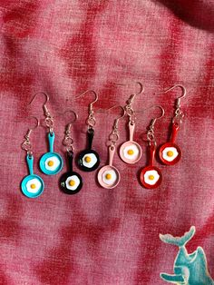 Weird Jewelry, Cute Jewelry, Girls Jewelry, Diy Clay Earrings, Funky Earrings, Polymer Clay Crafts, Polymer Clay Jewelry, Clay Charms, Handmade Jewelry